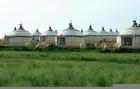 蒙古大草原上 的蒙古包