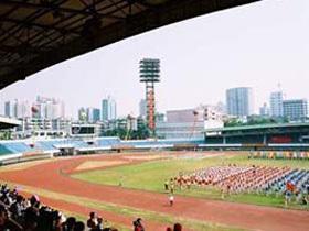 番禺英东体育场