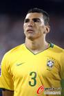 卢西奥在巴西后防就会放心