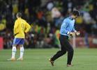 李明国在对战巴西的比赛中
