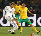 南非0-3乌拉圭 十号对决