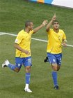 梅洛是巴西队防守关键