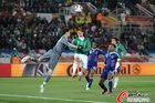 图文:法国0-2墨西哥 洛里斯飞扑