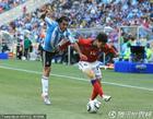图文:阿根廷VS韩国 古铁雷斯被突破