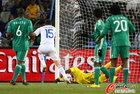 希腊2-1尼日利亚 尼日利亚丢球瞬间