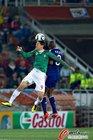 图文:法国0-2墨西哥 弗朗哥飞顶