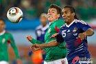 图文:法国0-2墨西哥 马卢达十分努力