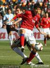 图文:阿根廷VS韩国 伊瓜因无法转身