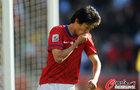 阿根廷4-1韩国 李青龙亲吻球衣