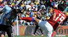图文:阿根廷4-1韩国 廉基勋飞踹对手