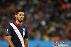 图文:斯洛文尼亚2-2美国 邓普西很愕然