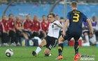 图文:德国VS澳大利亚 拉姆传球