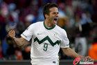 斯洛文尼亚VS美国 斯队进球狂庆