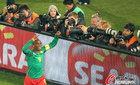 图文:喀麦隆负丹麦 惨遭逆转提前出局(26)