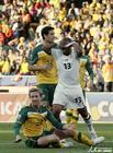 图文:加纳VS澳大利亚 阿尤错失绝佳机会