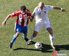 图文:斯洛伐克VS巴拉圭 博内特维特克争抢