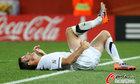 图文:意大利VS新西兰 尼尔森痛苦倒地