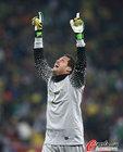 图文:巴西3-1科特迪瓦 塞萨尔庆祝胜利