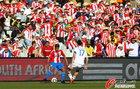 图文:斯洛伐克0-2巴拉圭  哈姆西克严防对手