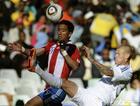 图文:斯洛伐克VS巴拉圭 斯科特尔倒钩解围