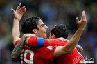 图文:葡萄牙7-0朝鲜 蒂亚戈兴奋不已