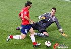 图文:智利1-0瑞士 帕雷德斯单挑门将