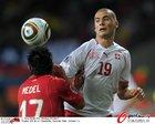 图文:智利1-0瑞士 德尔迪约克积极拼抢