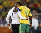 图文:法国1-2南非 莫科纳安慰约瑟夫斯