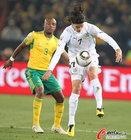 图文:南非0-3乌拉圭 卡瓦尼姿态优美