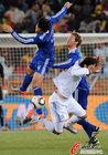图文:希腊0-2阿根廷 布尔迪索飞顶