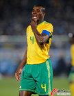图文:南非0-3乌拉圭 莫科纳也没办法