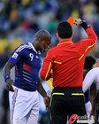 图文:法国1-2南非 西塞很无奈