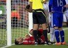 图文:希腊VS阿根廷 佐瓦斯疑似受伤