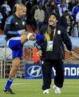 图文:希腊VS阿根廷 老马指导贝隆