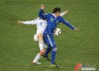 图文:希腊VS阿根廷 米利托渴望进球