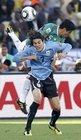 图文:墨西哥VS乌拉圭 卡瓦尼被压制