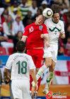 图文:斯洛文尼亚0-1英格兰 鲁尼飞顶