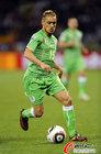 图文:英格兰VS阿尔及利亚 齐亚尼冲击防线