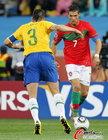 图文:葡萄牙0-0巴西 C罗假动作