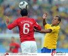 图文:葡萄牙0-0巴西 卡瓦略飞顶
