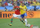 图文:葡萄牙0-0巴西 科恩特劳前进受阻