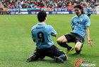 图文:乌拉圭VS韩国 卡瓦尼与苏亚雷斯