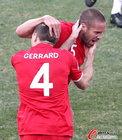 图文:德国VS英格兰 杰拉德与厄普森