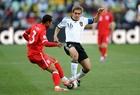 图文:德国VS英格兰 科尔对决拉姆