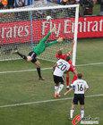 图文:德国VS英格兰 诺伊尔失守
