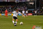 图文:德国4-1英格兰 穆勒劲射