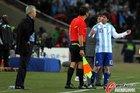 图文:阿根廷3-1墨西哥 梅西欲裁判理论