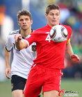 图文:德国VS英格兰 杰拉德控球