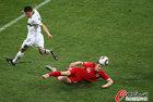 图文:斯洛文尼亚0-1英格兰 米尔纳顶球