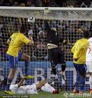 图文:巴西VS智利 进球速度极快